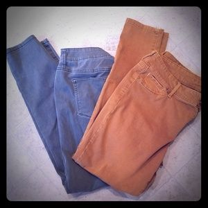 2 pairs of Jeggings